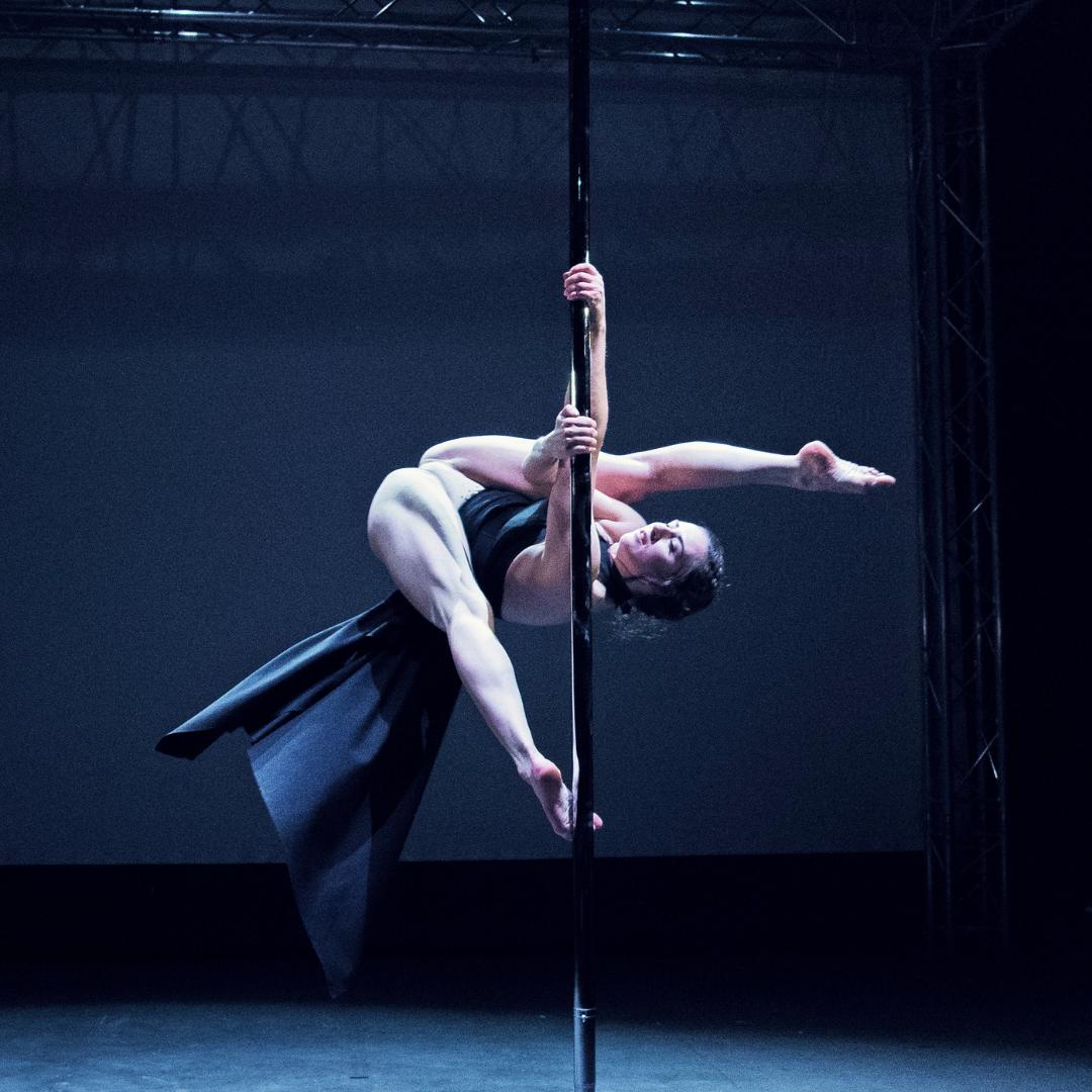 Molly Pretzel Pole Theatre Iceland A.Split