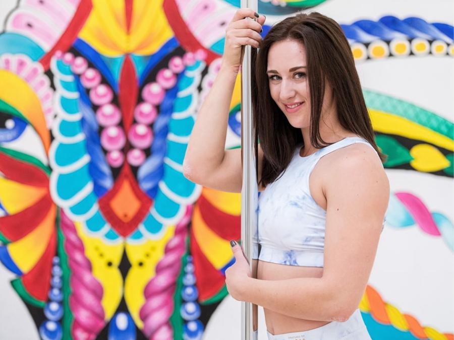 Poledance Instruktør Camilla